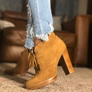 Brown suede Aldo booties size 10